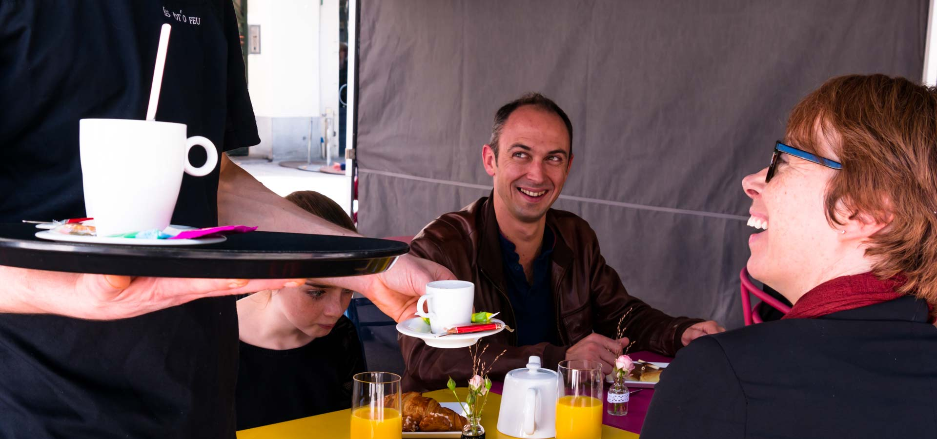 service-en-terrasse-restaurant-potofeu
